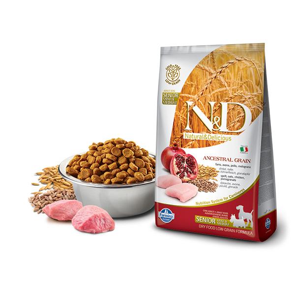 Farmina N&D low grain senior mini and medium chicken and pomegranate